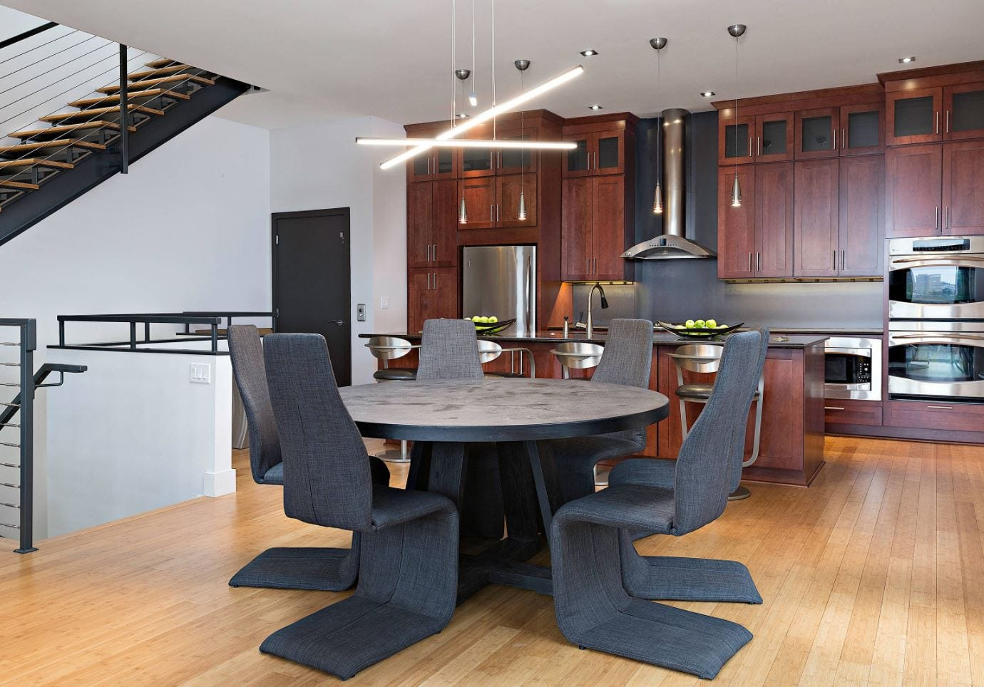 What is Modern Kitchen? Check Out Eight Elements of it!